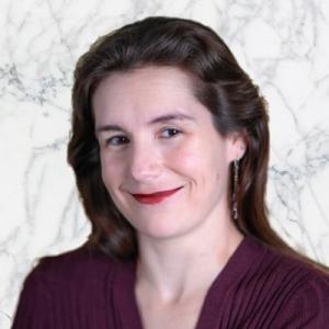 Sara Webb headshot